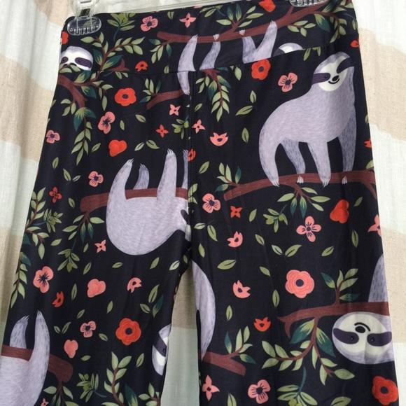 429ef2651ba40f Fabulegs Pants | Sloth Leggings Os | Poshmark